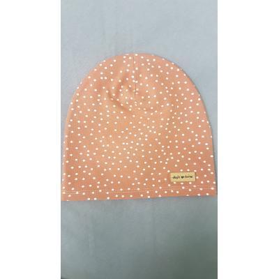 Hnedá guličková čiapka