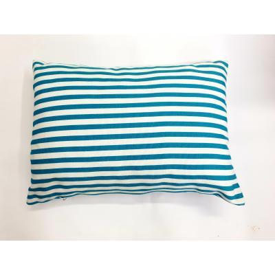 Vankúšik modro-biely pásik