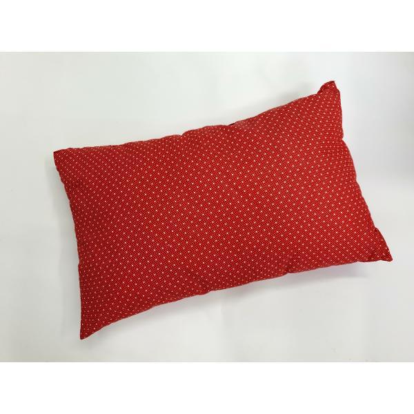 Vankúš červený guličkový